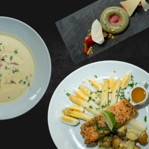 Asperge menu thuis uit eten